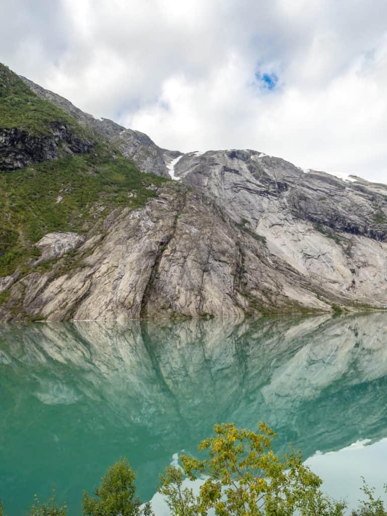 Türkisfarbenes Wasser