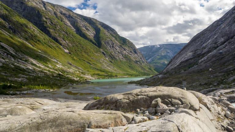 Blick zurück auf den Gletschersee