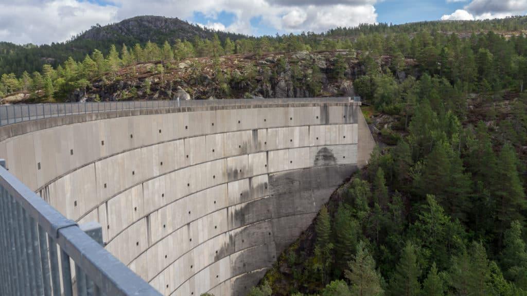 Staumauer des Juvassdammen