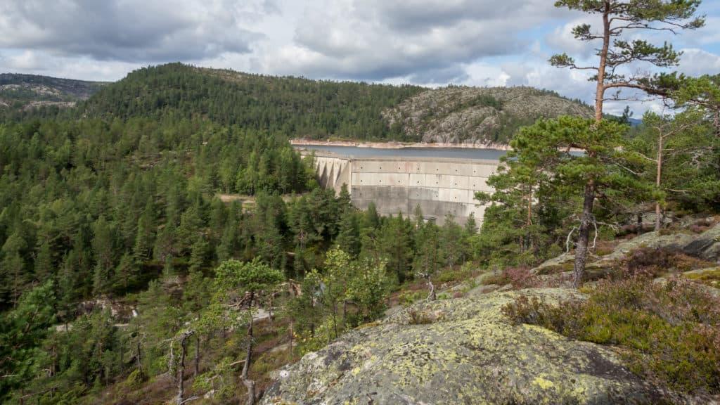 Blick auf den Staudamm 3